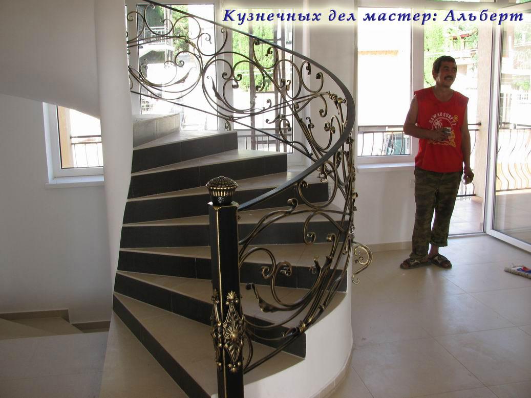 -кованные лестничные перила:
